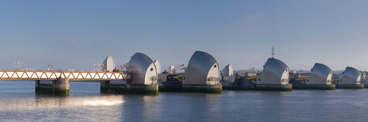 Thames_Barrier,_London,_England_-_Feb_2010